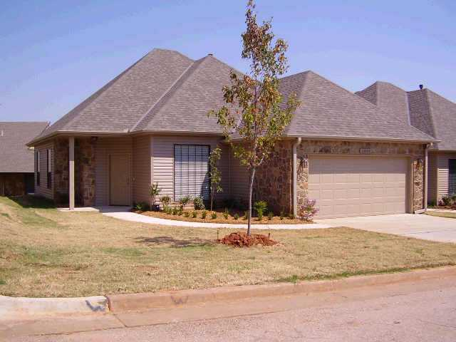 10008 Shadowview Drive Oklahoma City, OK 73159